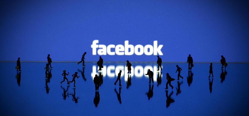 login στο Facebook